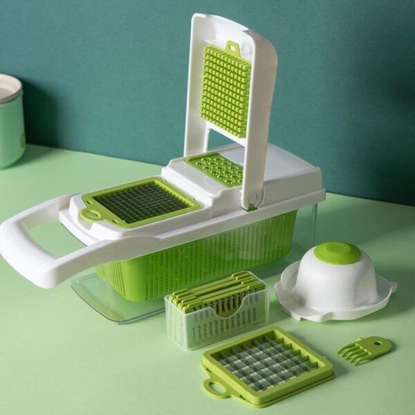 Multifunctional Vegetable Cutter18.jpg