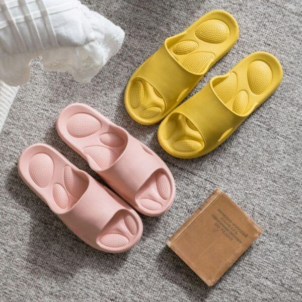 women massage slippers4.jpg